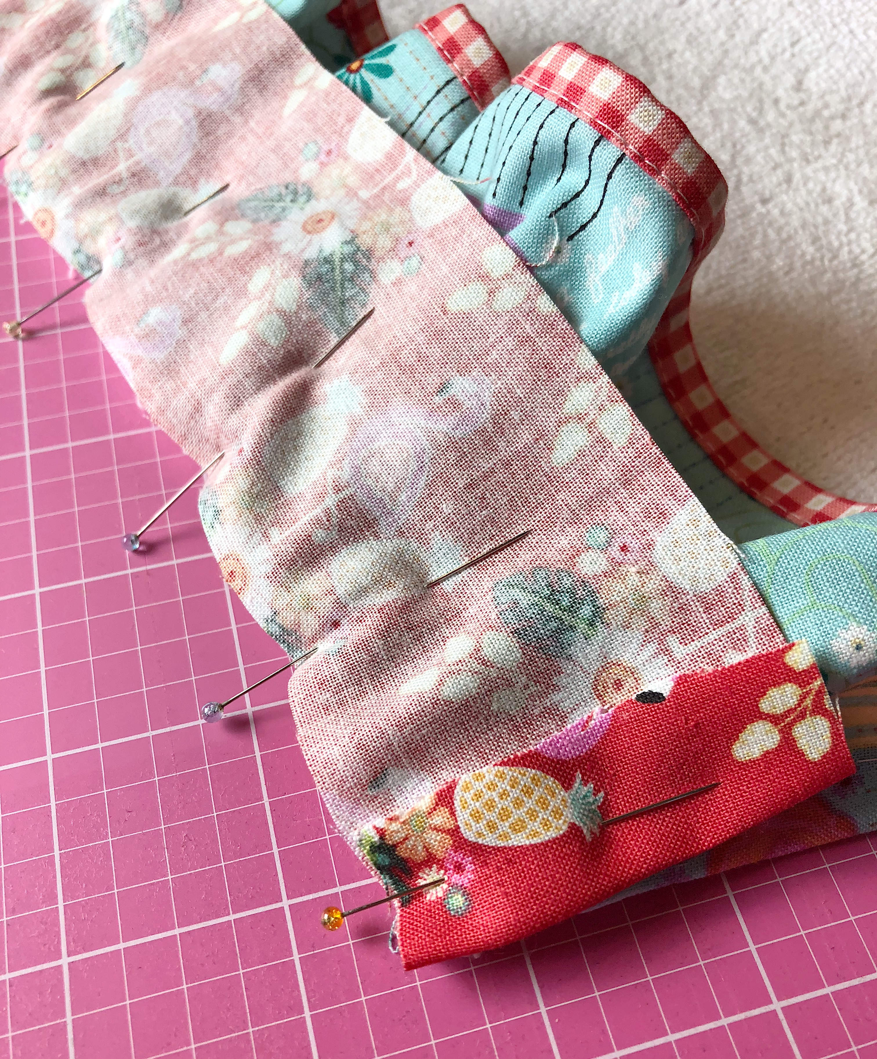 Tutorial Tuesday #1 - Embellished Towels and Napkins - My